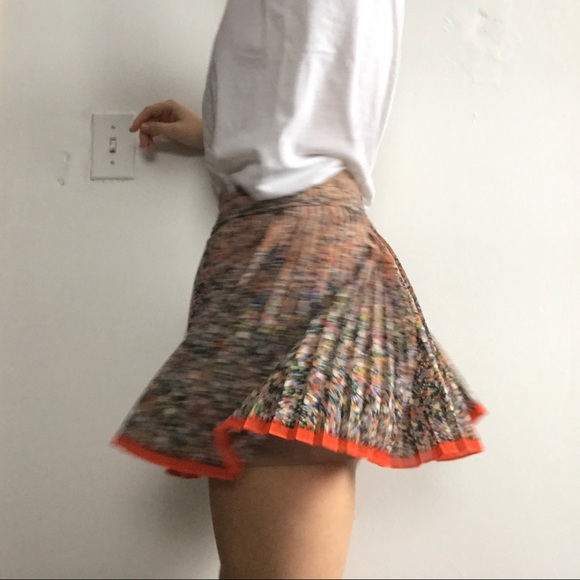 American Eagle Outfitters Dresses & Skirts - Pleated Chiffon Floral Mini Skirt